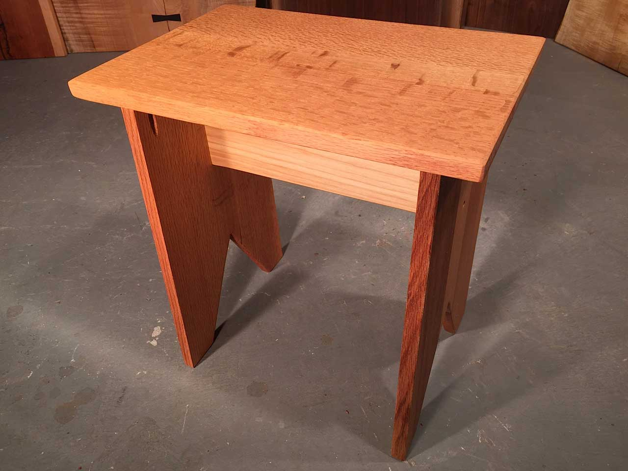 Quarter Sawn Oak Top With Solid Oak Legs