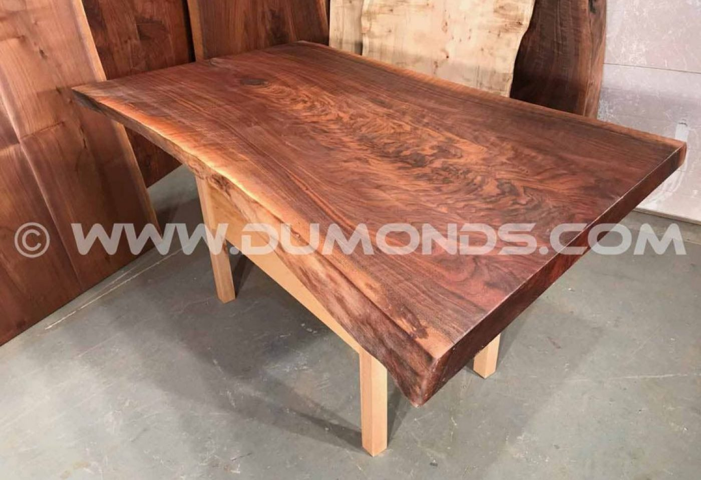 CURLY WALNUT TABLE WITH WALNUT PEDESTAL BASE