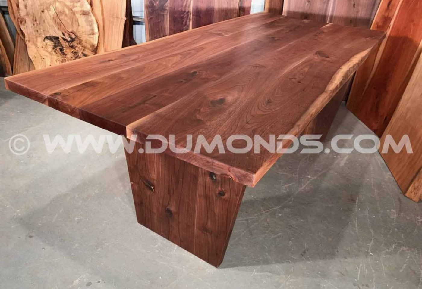 KANSAS WALNUT TABLE WITH WALNUT BASE